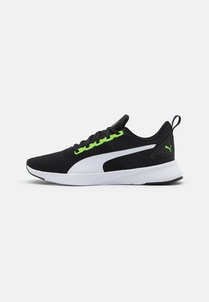 FLYER RUNNER JR UNISEX - Neutral running shoes - green flash/white/black