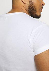 Topman - 2 PACK - Basic T-shirt - multi - 6