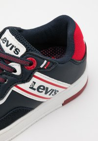 Levi's® - IRVING  - Trainers - navy/red - 5