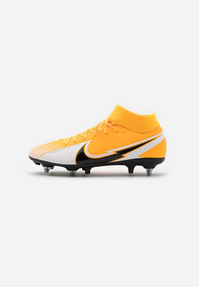 MERCURIAL 7 ACADEMY SG-PRO AC - Screw-in stud football boots - laser orange/black/white