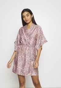 Cotton On Body - ROBE - Dressing gown - soft pink - 0
