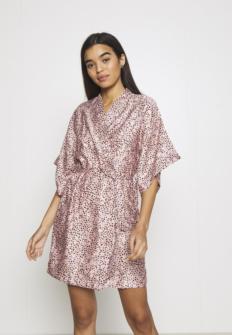 Cotton On Body - ROBE - Dressing gown - soft pink