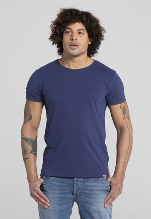LIMITED TO 360 PIECES - Basic T-shirt - royal blue