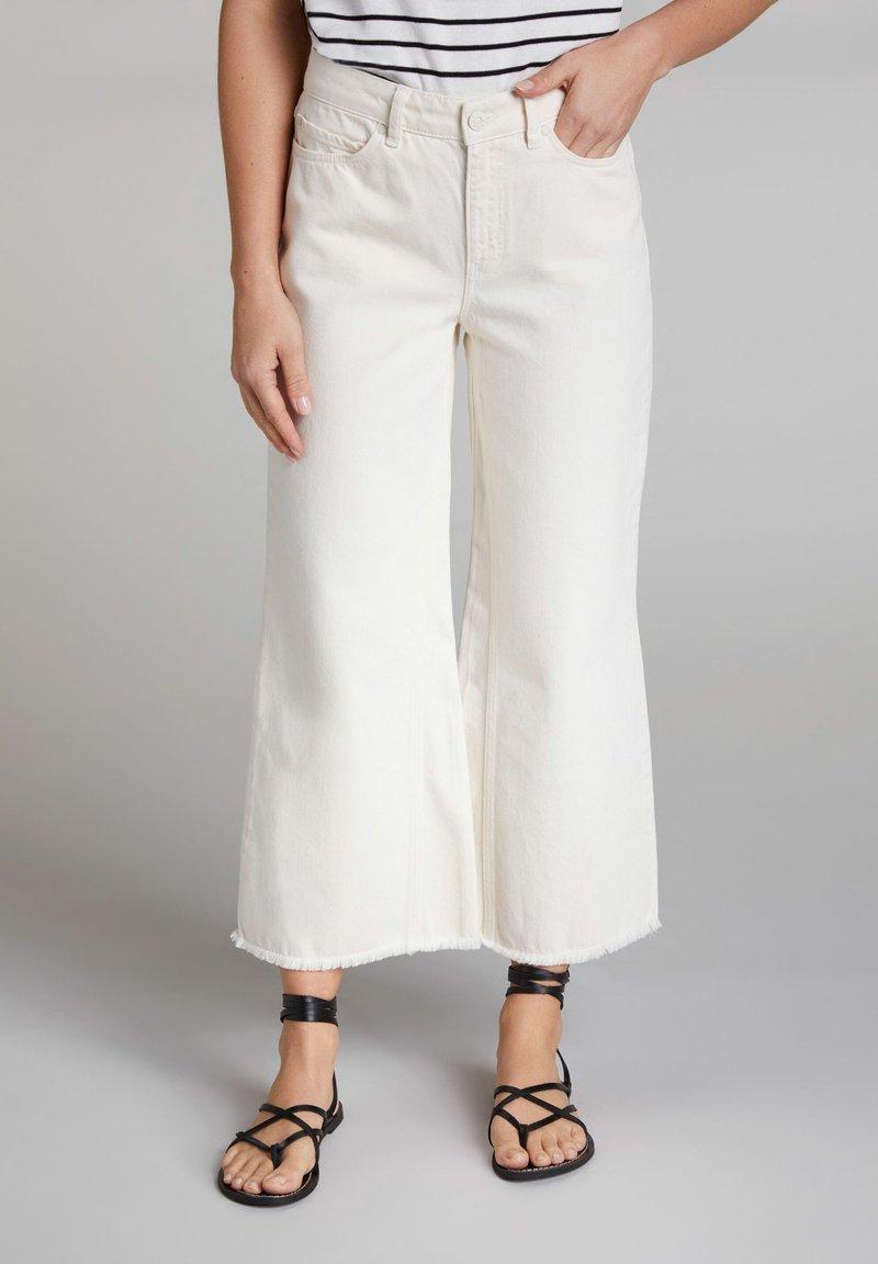 Oui - Flared Jeans - dew