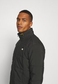 Caterpillar - BASIC PUFFY JACKET - Vinterjacka - black - 3