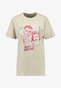 Merchcode - LADIES HAPPY WEEKEND TEE - Print T-shirt - sand - 3