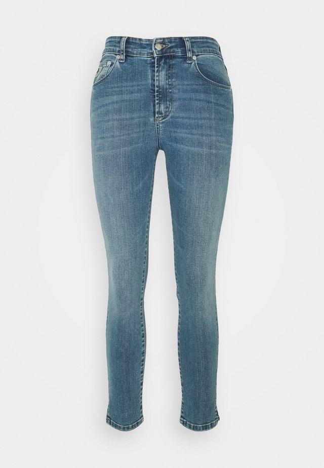 CELIA SPLIT - Skinny džíny - triple stone
