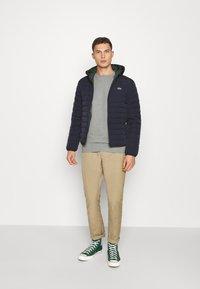 Lacoste - Zimní bunda - abysm - 1