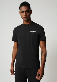 Napapijri - S-ICE SS - T-shirt med print - black - 0