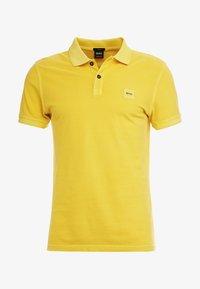 medium yellow