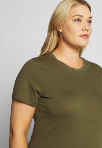 Even&Odd Curvy - Basic T-shirt - olive night - 4
