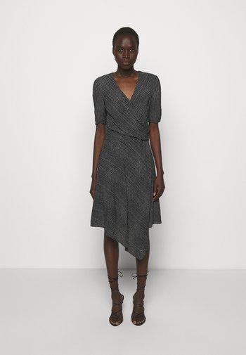 MAGIO ABITO - Denní šaty - black