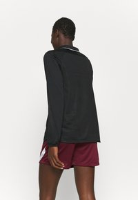 Nike Performance - Long sleeved top - black/reflective silver - 2