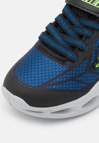 Skechers - VORTEX FLASH - Tenisky - black/blue/lime - 5