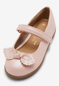 Next - Bailarinas con hebilla - pink - 3