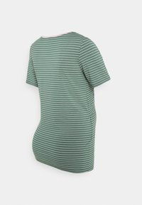 Esprit Maternity - NURSING - Print T-shirt - vinyard green - 1