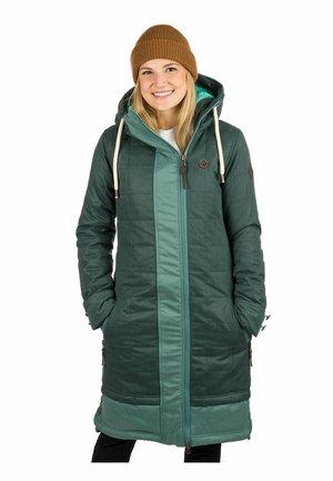 Winter coat - green gables