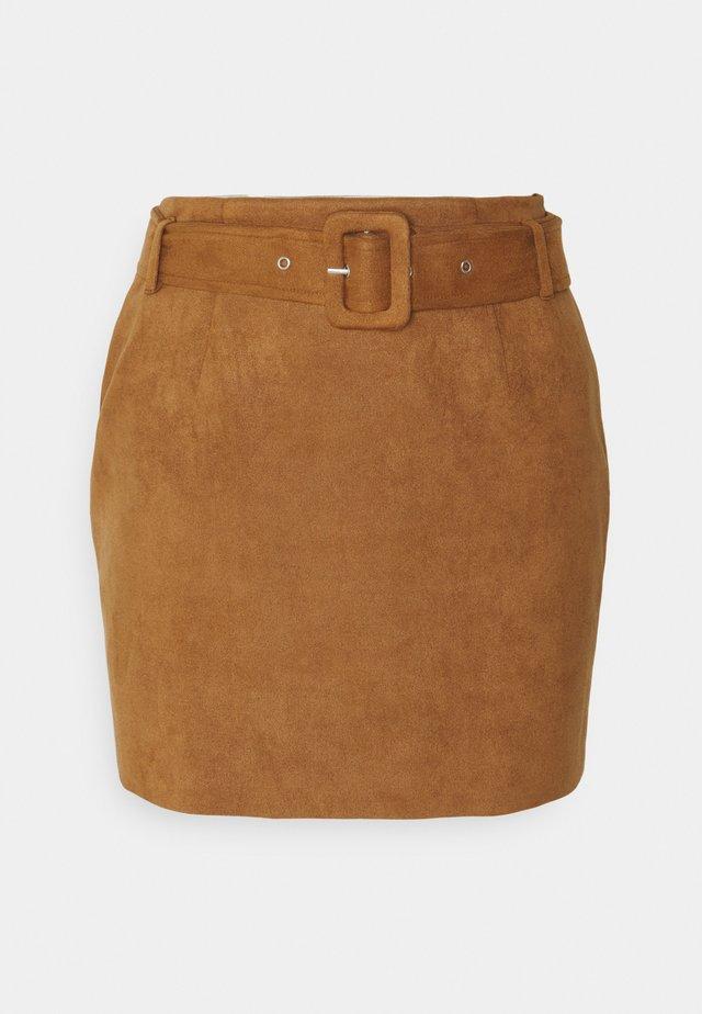 BELTED SUEDE MINI SKIRT - Mini skirt - tan