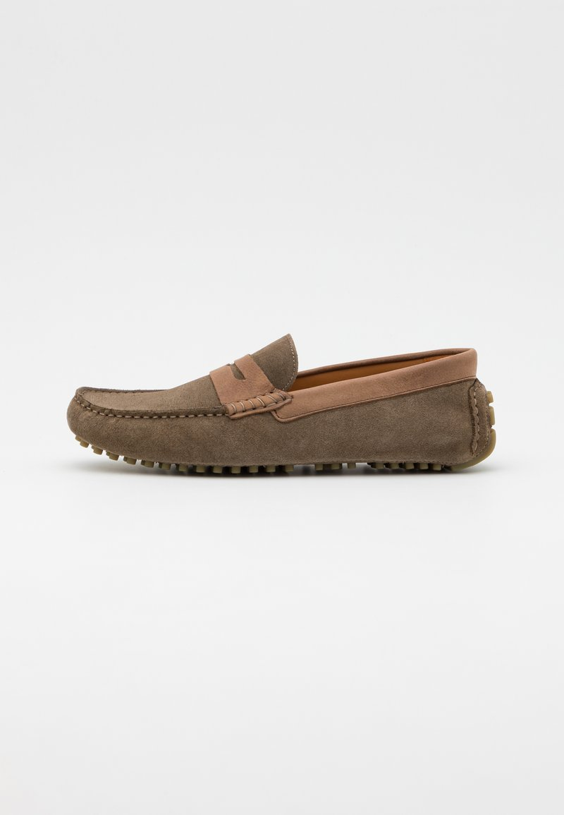 Hackett London - MATTERIAL DRIVER - Moccasins - taupe