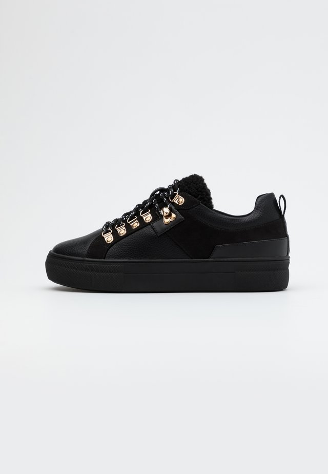 ONLSTELLA  - Sneakersy niskie - black