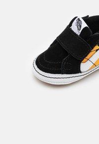 Vans - SK8 CRIB - First shoes - black/true white - 5