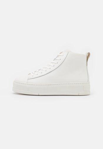 JUDY - Höga sneakers - white