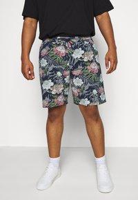 Jack´s Sportswear - FLORAL CHAMBRAY  - Shorts - dunkelblau - 0