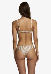 RVCA - Bikini top - creme - 1