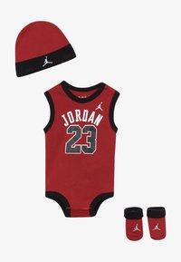 Jordan - 23 SET UNISEX - Top - gym red - 2