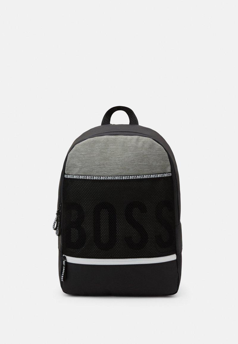 BOSS Kidswear - Batoh - black