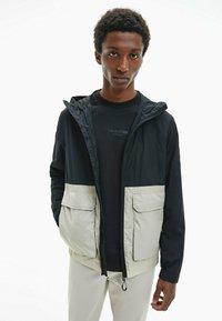 Calvin Klein - Summer jacket - bleached stone - 4