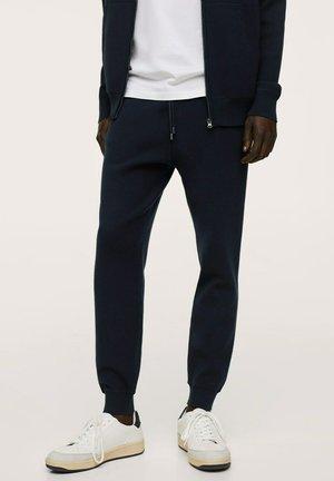 TEXTURÉE - Pantaloni sportivi - bleu marine