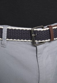 s.Oliver - Chinos - ice grey - 5