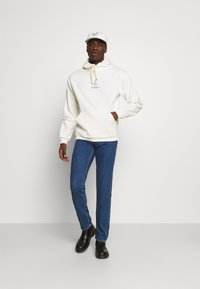 Jack & Jones - JJIMIKE JJORIGINAL - Straight leg jeans - blue denim - 1