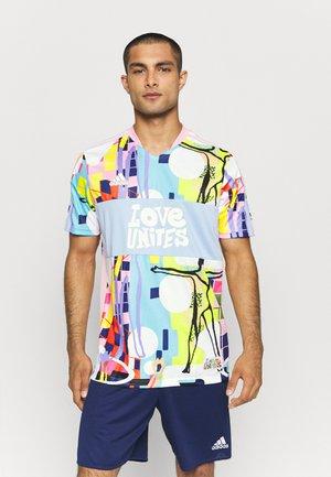 TIRO LOVE - T-shirt de sport - true pink/glow blue