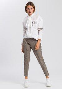 Marc Aurel - Button-down blouse - white varied - 1