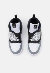 Jordan - SKY 1 UNISEX - Basketball shoes - white/black/particle grey - 3