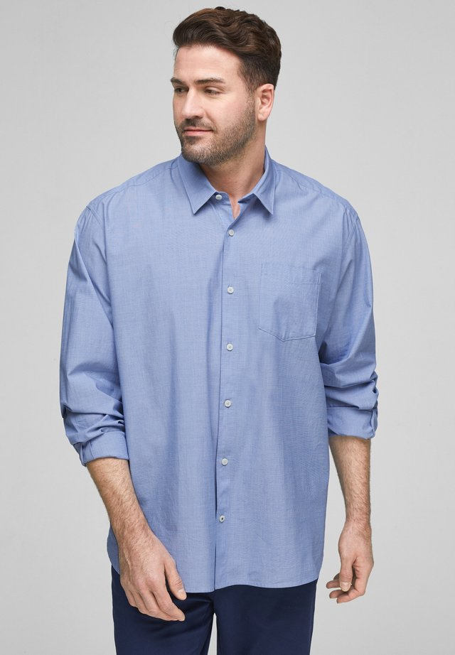 REGULAR FIT - Shirt - light blue