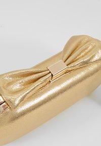Mascara - Clutch - gold - 6