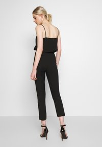 Missguided - TIE BELTED CIGARETTE TROUSERS - Pantaloni - black - 2