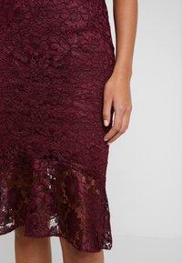 Sista Glam - CALAIS - Cocktail dress / Party dress - berry - 7