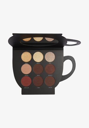 REVOLUTION X FRIENDS GRAB A CUP FACE PALETTE - Face palette - -