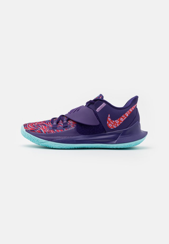 KYRIE LOW 3 - Basketbalové boty - new orchid/chile red/glacier ice