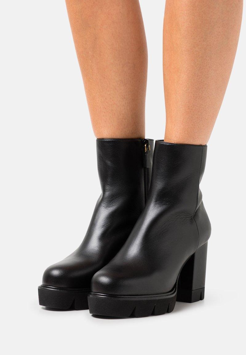 Stuart Weitzman - ANDE BLOCK BOOTIE - High heeled ankle boots - black