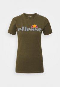 Ellesse - DELLE - Print T-shirt - khaki - 3