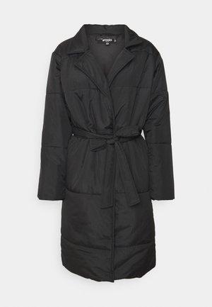 BELTED LONGLINE COLLAR COAT - Klasický kabát - black