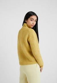 HUGO - SUZANNY - Svetr - bright yellow - 2