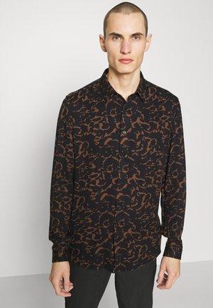 RUBEN - Overhemd - braun