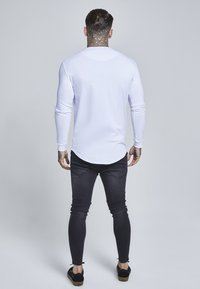 SIKSILK - GYM TEE - Long sleeved top - white - 2