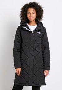 Vans - Płaszcz zimowy - black - 0